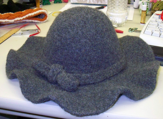 Aesthetic Nest: Crochet: Flippy Floppy Earflap Hat for Baby (Pattern)